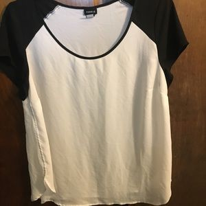 Torrid black white retro chiffon blouse top size 0